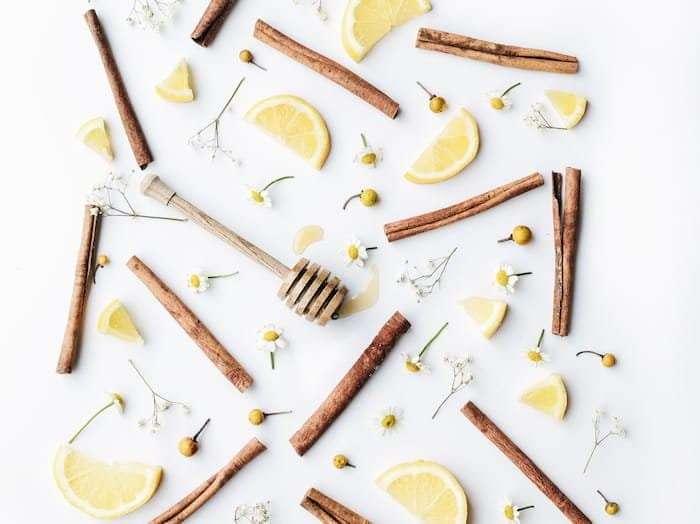 Zimt-für-niedrigen-Blutzucker-mit-Zitronen-und-Honig